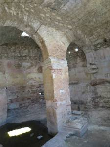 Ruang Gereja yg dipercaya merupakan tempat Rasul Yohanes menulis kitab Injil