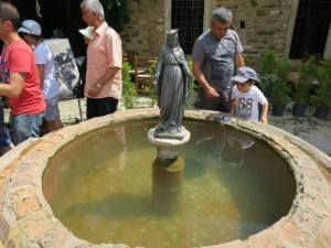 Fountain of Mary
