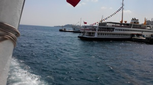 Kapal Ferry Dentur Avasya