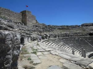 Bagian atas Grand Theater