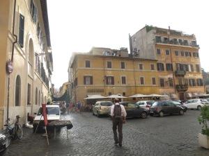 Jalan kecil di Trastevere