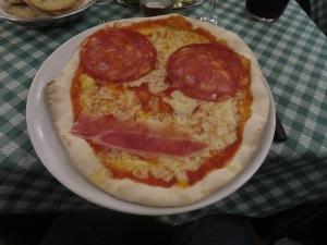 Diavolo Pizza, makanan pertama saya di Roma