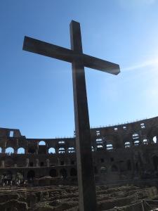 Salib yang menjadi pertanda kemenangan Kristus di tempat penganiayaan umat nasrani dulunya