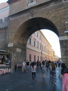 Gerbang menuju Vatican Museum