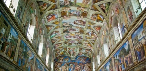 Langit-langit Sistine Chapel courtesy of :http://www.romandream.info/site/wp-content/uploads/2013/02/Sistine_Chapel.jpg
