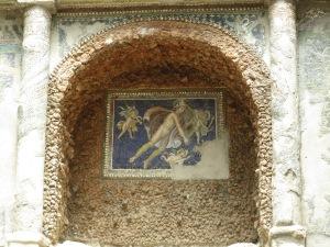 fresco di pemandian dekat Porta Marina