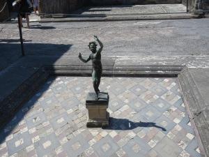 Patung Faun