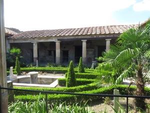 Salah satu Villa yang berhasil direstorasi