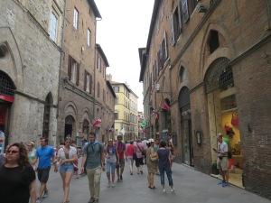 Jalan di Siena