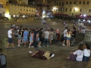 Piazza Il Campo at night