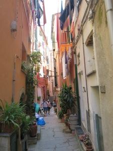 Lorong jalan di Vernazza