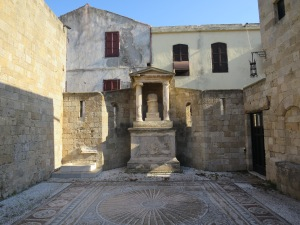 Wujud akulturasi budaya Yunani,Romawi, Byzantium dan Eropa barat