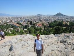 Areopagus tempat Paulus berkhotbah di Athena