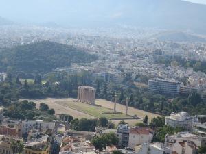 Kuil Olympian Zeus dilihat dari Akropolis