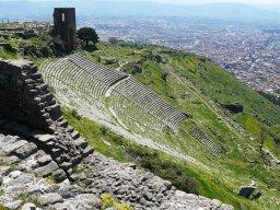 Teater paling curam di dunia, courtesy of http://drivinginturkeyisadventurous.blogspot.co.id/