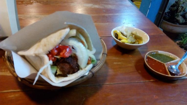 Falafel khas Israel