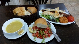 Makan malamku di salah satu restoran diDonerciler Carsisi