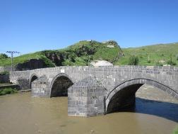 Jembatan Tas Kopru peninggalan Ottoman