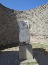 Sisa patung Kaisar Trajan
