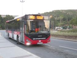 Bis no 302 yang menuju Basmane dari Otogar