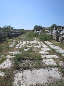 Jalan Suci yang menghubungkan Miletus dengan Kuil Apolo Didyma
