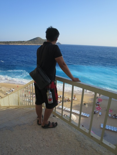Menikmati keindahan Pantai Kaputas