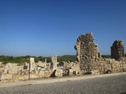 Kawasan Necropolis tak jauh dari Arch of Modestus