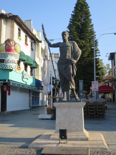 Patung Attalus, pendiri Antalya
