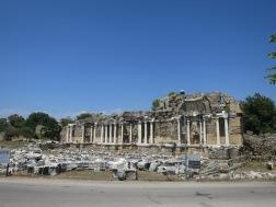 Nymphaeum (Air Mancur rimawi kuno)