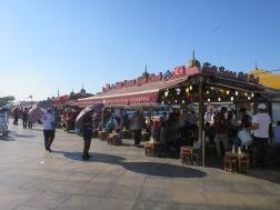 Restoran Balik ekmek di dekat Jembatan Galata
