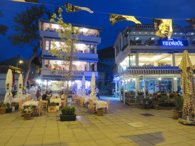 Pemandangan malam di Anadolu Kavagi