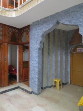 pintu masuk menuju ruangan mandi