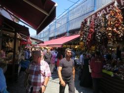 Kios2 di luar Spice Market