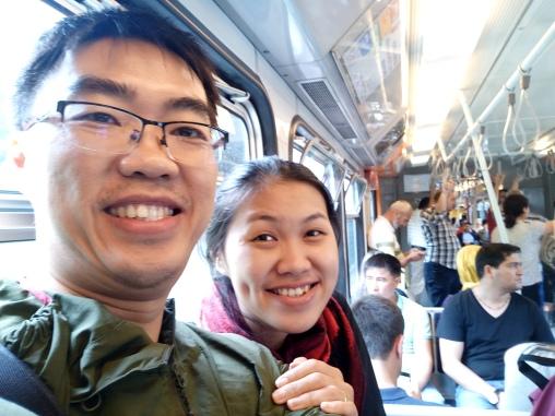 Selfie pertama di tram menuju Sultanahmet