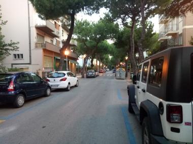 Lingkungan perumahan tempat kami tinggal selama di Rimini