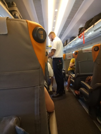 di dalam gerbong kereta Italo