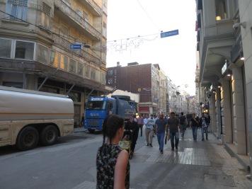 Renovasi jalan