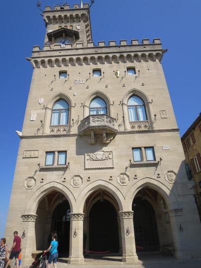 Palazzo Publico, gedung pemerintahan di San Marino