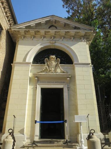 Makam Dante