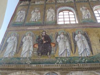 Mosaik Yesus dan para malaikat