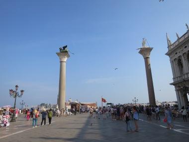 Keramaian Piazza San Marco yang sedikit berkurang