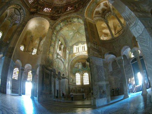 interior Basilica di San Vitale