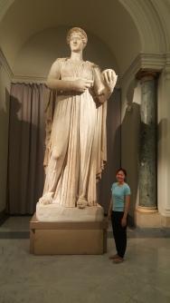 Si Nyonya dan Artemis