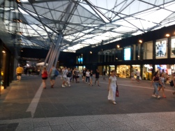 Pertokoan di Napoli Centrale
