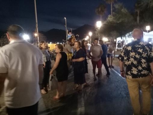 Pasar malam di promenade Salerno