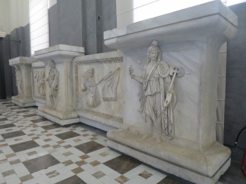 Sarkofagus Yunani