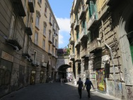 Jalan menuju Piazza Dante