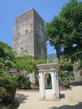 Menara di Vila Rufolo