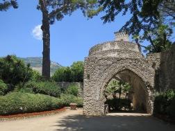 salah satu bangunan bersejarah di Villa Rufolo