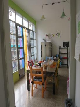 Dapur merangkap ruang makan